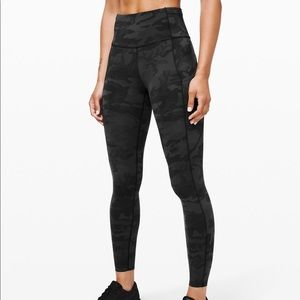 "Lululemon's fast and free HR 25"" leggings"